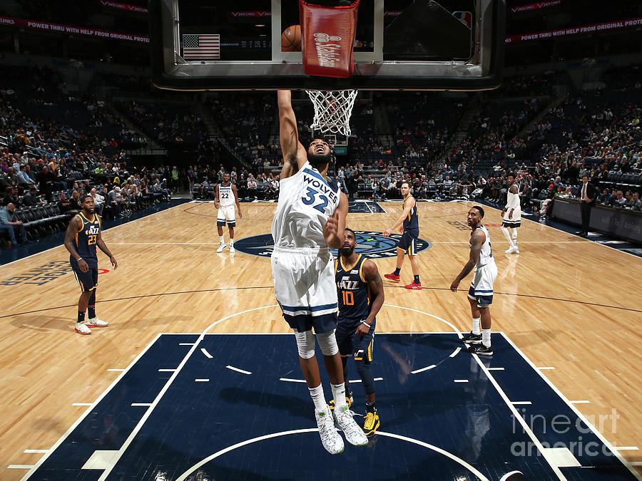Utah Jazz V Minnesota Timberwolves Photograph by David Sherman