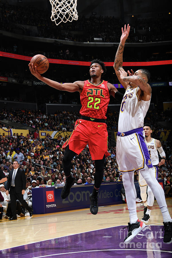 Atlanta Hawks V Los Angeles Lakers Photograph by Andrew D. Bernstein