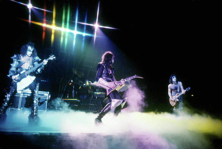 Performance Photograph - Kiss Performing by Michael Ochs Archives
