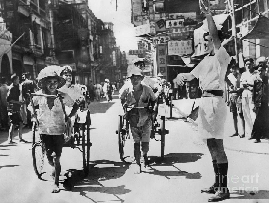 Life In Hong Kong Photograph by Bettmann