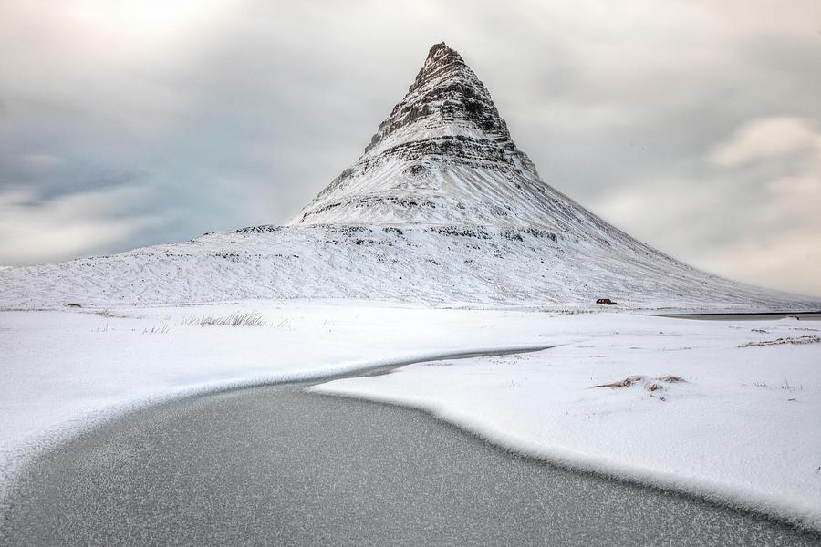 Kirkjufell - Iceland by Joana Kruse