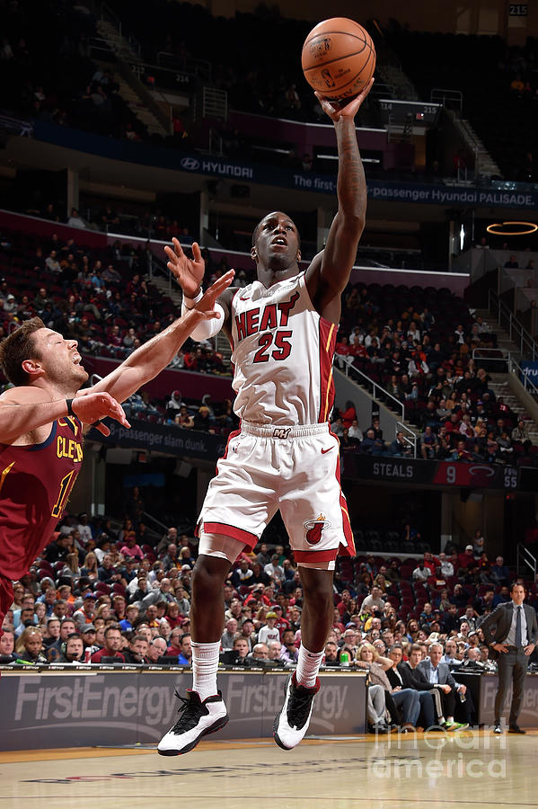 Miami Heat V Cleveland Cavaliers Photograph by David Liam Kyle
