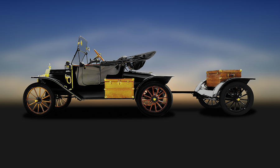 Show Car Photograph - 1914 Model T Ford Runabout Convertible  -  1914fordmodeltconvertible149300 by Frank J Benz