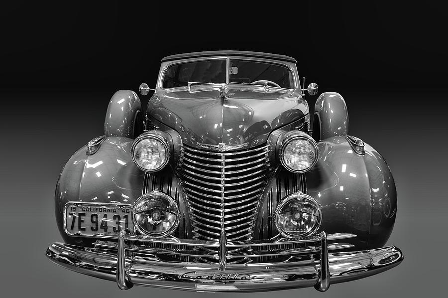 1940 Cadillac 8 by Bill Dutting