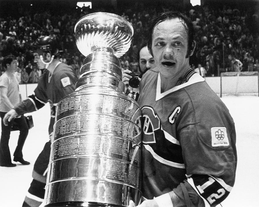 1976 Stanley Cup Finals - Game 4 Photograph by B Bennett