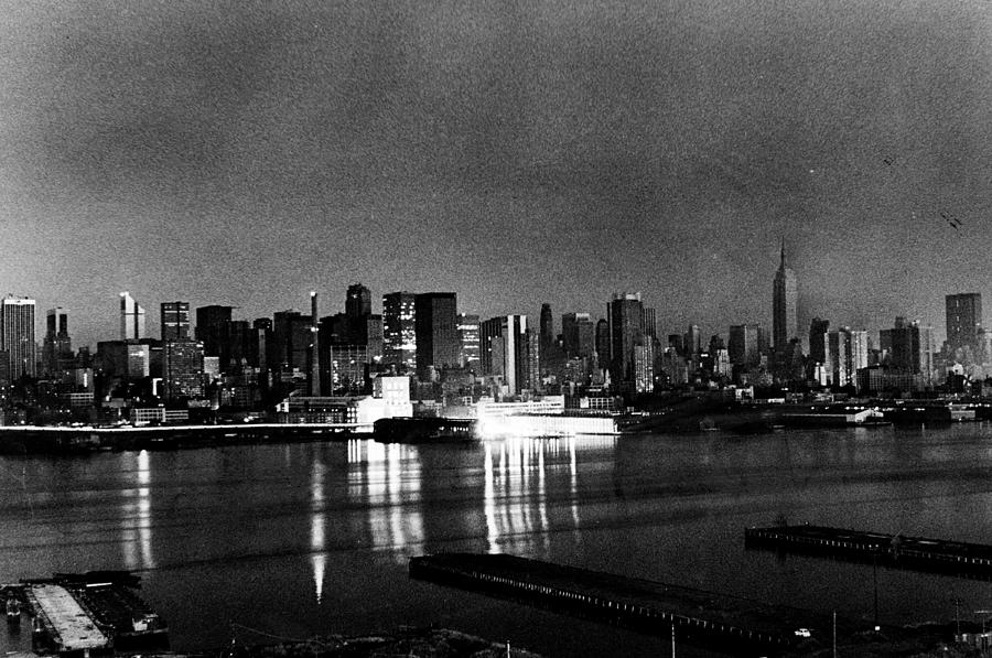 1977 Blackout Power Failure Photograph by New York Daily News Archive