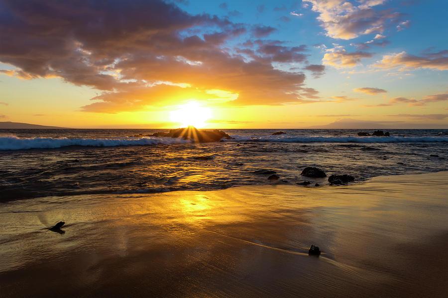 A Golden Sunset At Ulua Beach With Wave by Jenna Szerlag
