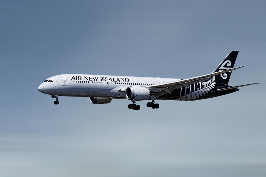 Air New Zealand Mixed Media - Air New Zealand Boeing 787-9 Dreamliner by Smart Aviation