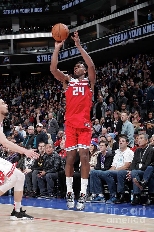 Chicago Bulls V Sacramento Kings Photograph by Rocky Widner
