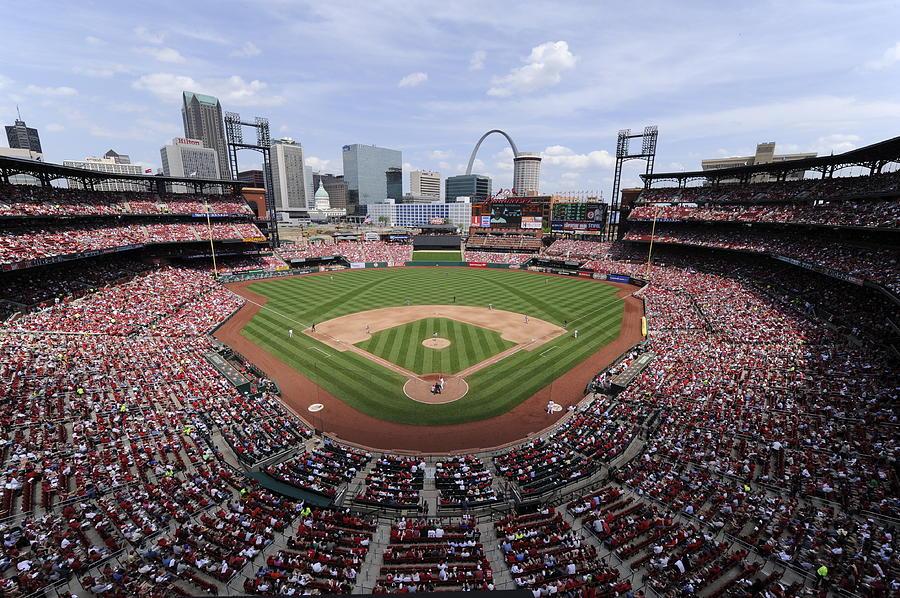 Cincinnati Reds V. St. Louis Cardinals Photograph by Ron Vesely