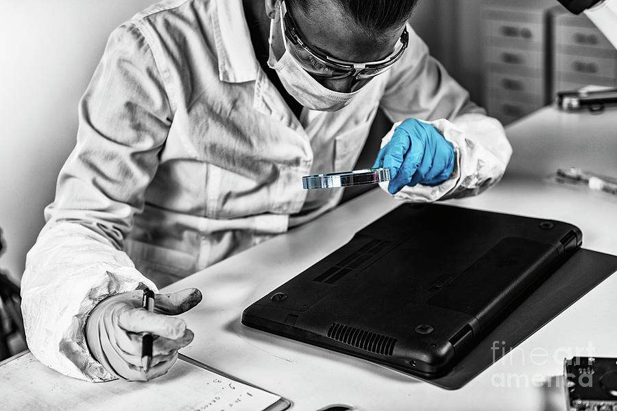 Digital Forensic Investigator At Work Photograph by Microgen Images/science Photo Library