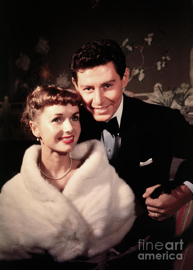 Eddie Fisher And Debbie Reynolds Photograph by Bettmann