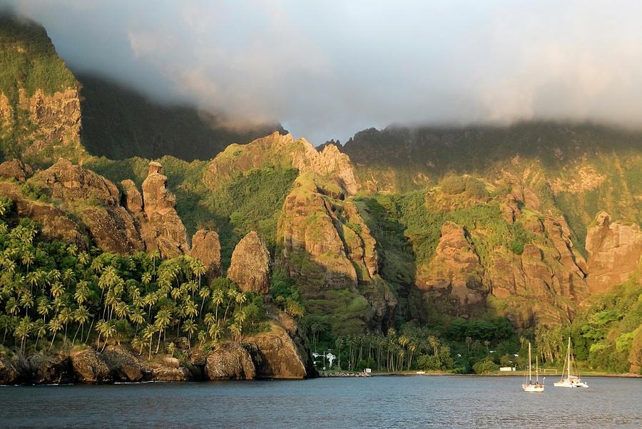 Shadow Photograph - France, French Polynesia, Marquesas by Gerault Gregory / Hemis.fr
