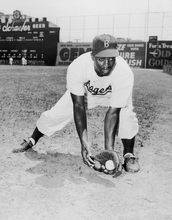 Jackie Robinson Photograph by Hulton Archive