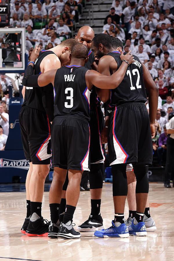 Los Angeles Clippers V Utah Jazz - Game Photograph by Andrew D. Bernstein