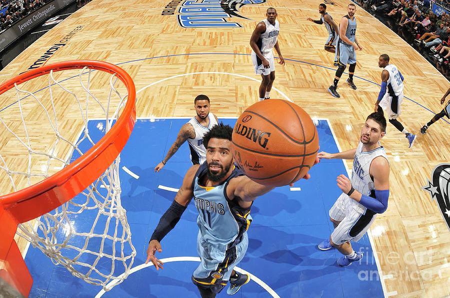Memphis Grizzlies V Orlando Magic Photograph by Fernando Medina