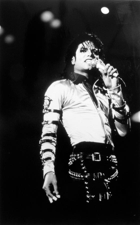 Michael Jackson Photograph by Afro Newspaper/gado