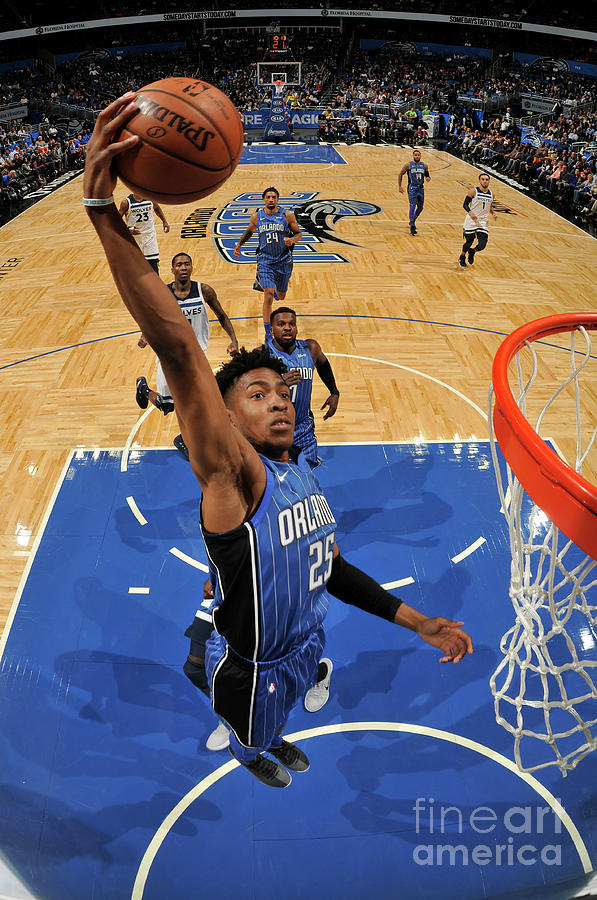 Minnesota Timberwolves V Orlando Magic Photograph by Fernando Medina