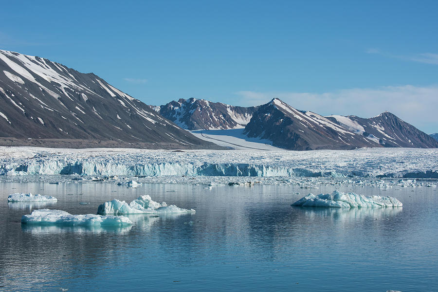 Archipelago Photograph - Norway, Svalbard, Spitsbergen by Cindy Miller Hopkins