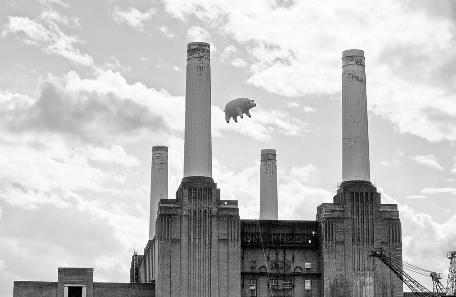 Pink Floyd Pig At Battersea Power Station