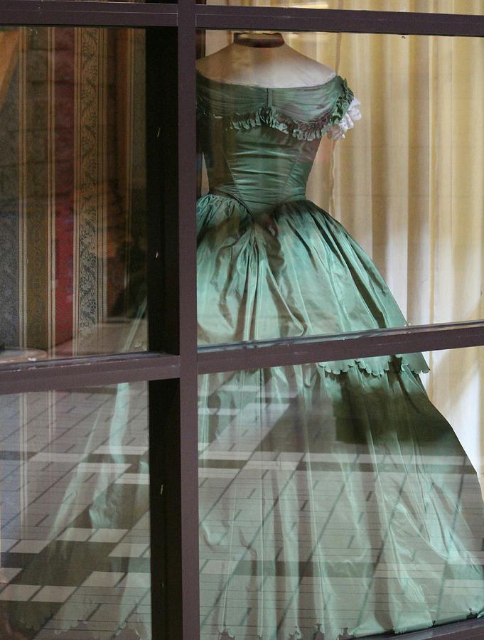 Pioneer Lady's Dress by The Art Of Marilyn Ridoutt-Greene