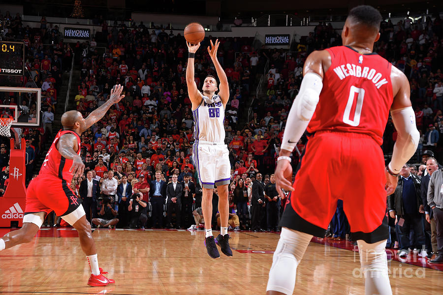 Sacramento Kings V Houston Rockets Photograph by Bill Baptist