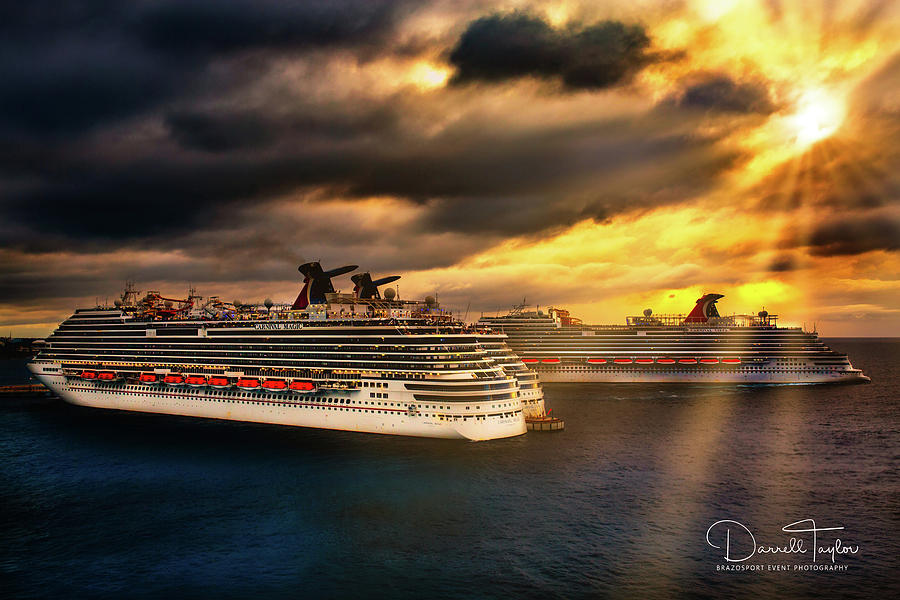 Cozumel Photograph - Sailing Into The Sunset by Darrell Taylor