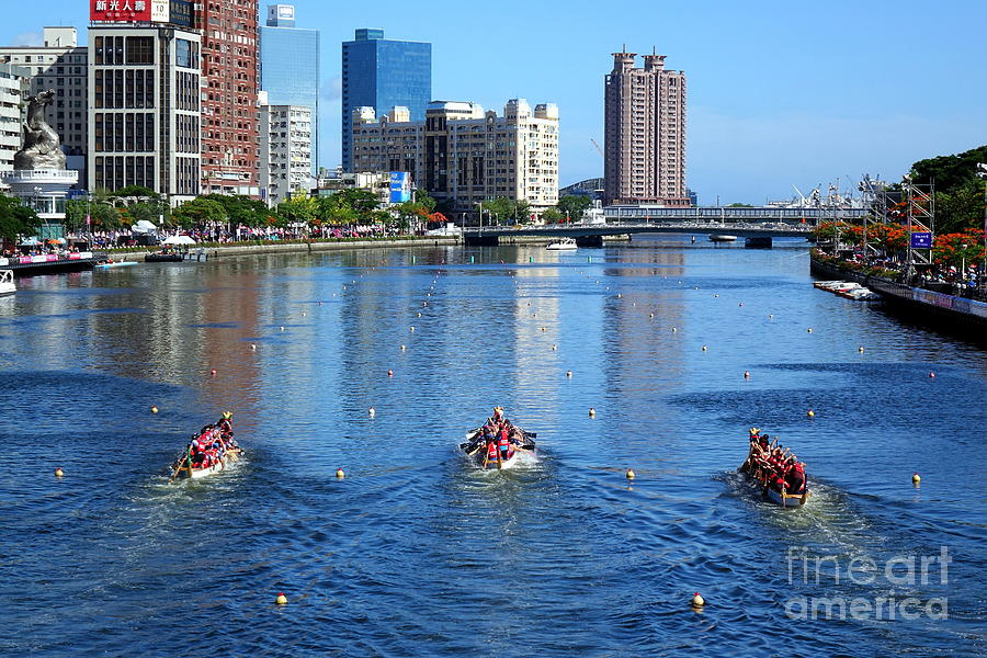 The Love River During the Dragon Boat Races by Yali Shi