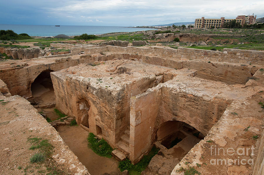Nobody Photograph - Tombs Of The Kings by Marco Ansaloni/science Photo Library