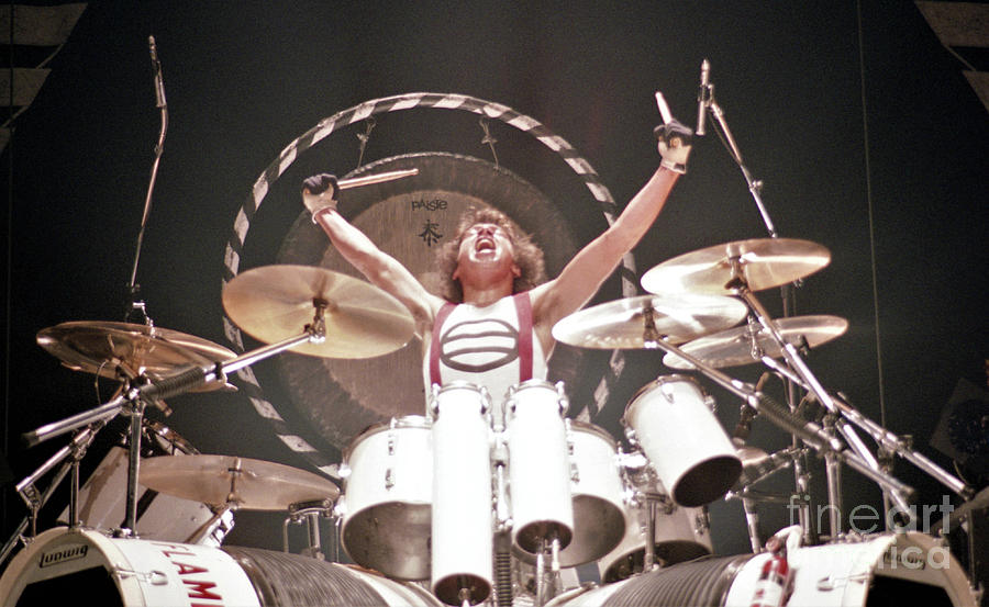 Van Halen Photograph By Bill O Leary