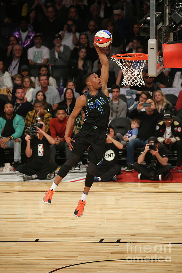 Verizon Slam Dunk Contest 2018 Photograph by Gary Dineen