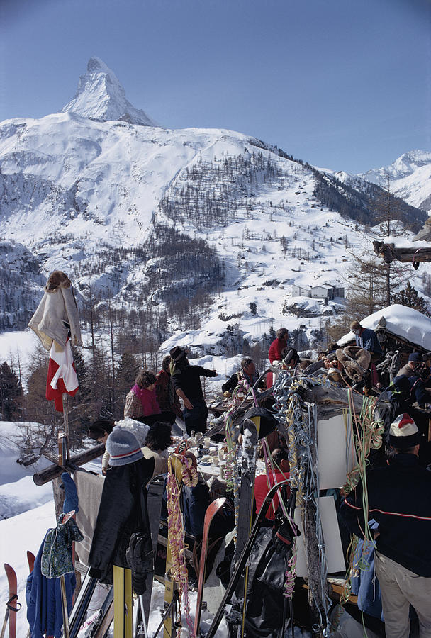 Zermatt Skiing Photograph by Slim Aarons