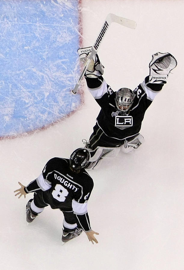 Playoffs Photograph - 2012 Nhl Stanley Cup Final – Game Six by Jeff Gross