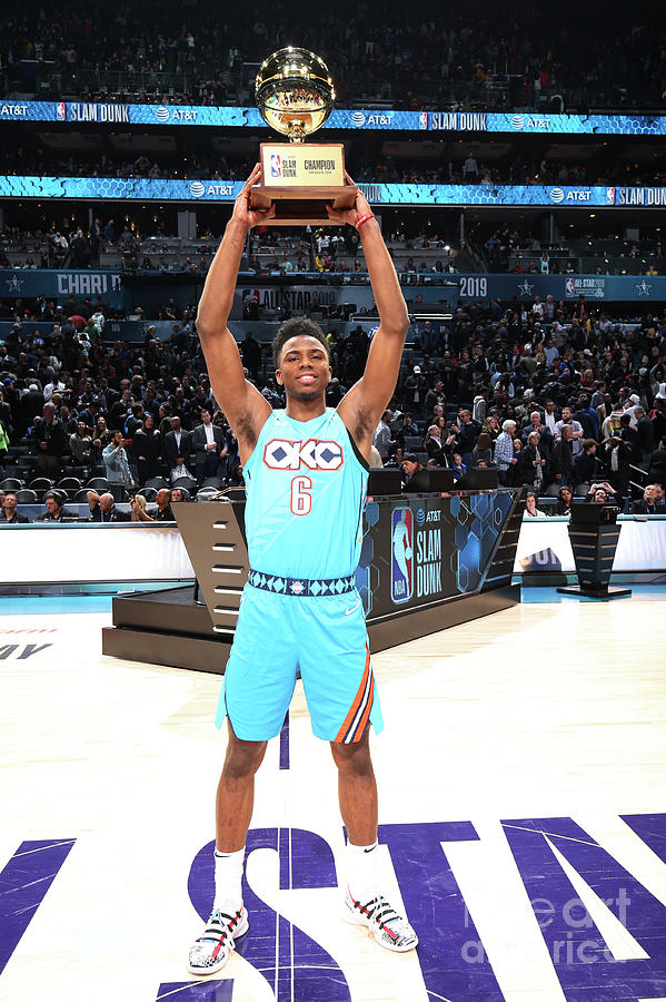 2019 At&t Slam Dunk Contest Photograph by Nathaniel S. Butler