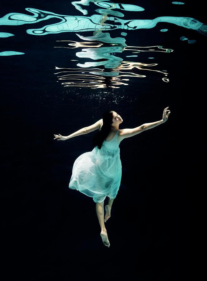 Ballet Dancer Underwater Photograph by Henrik Sorensen