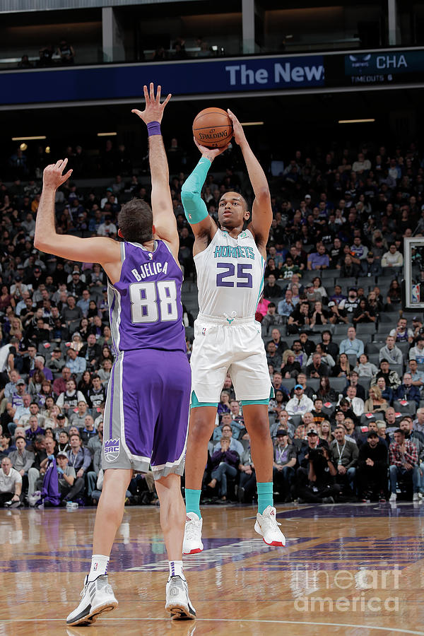 Charlotte Hornets V Sacramento Kings Photograph by Rocky Widner