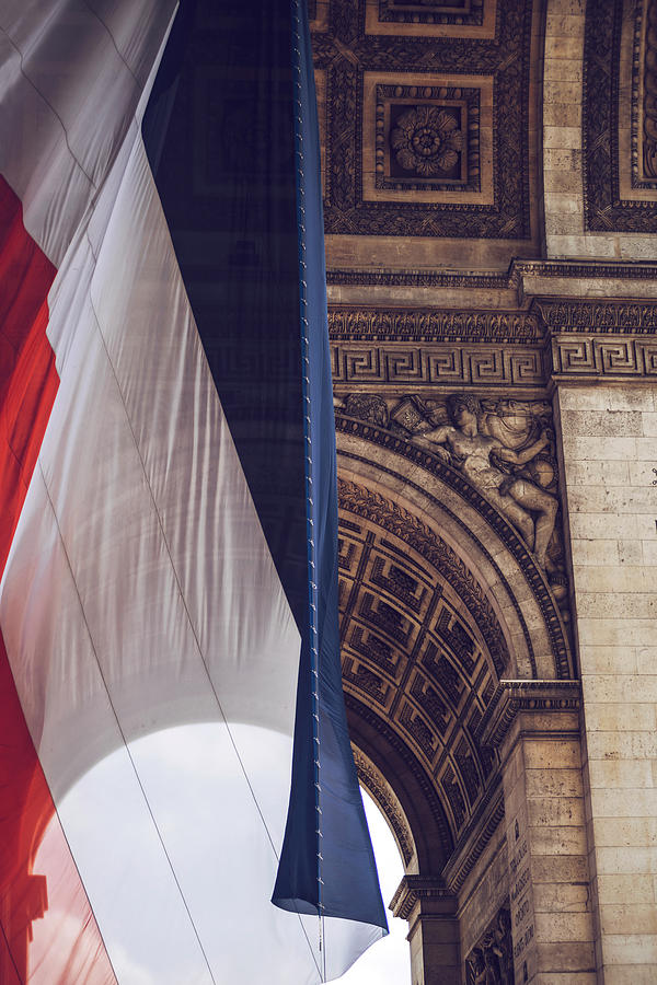 Arch of Triumph and french flag. Paris, France by Eduardo Huelin
