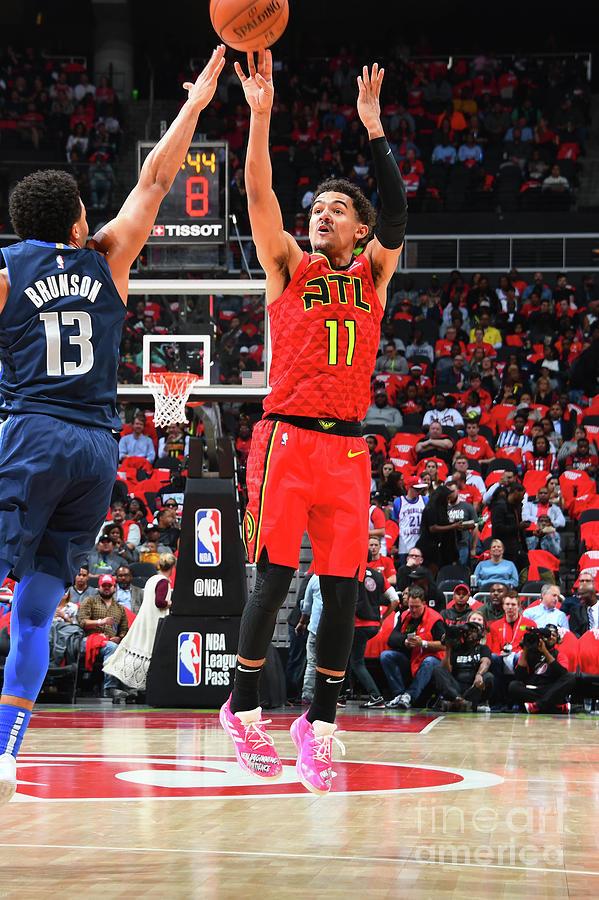 Dallas Mavericks V Atlanta Hawks Photograph by Scott Cunningham