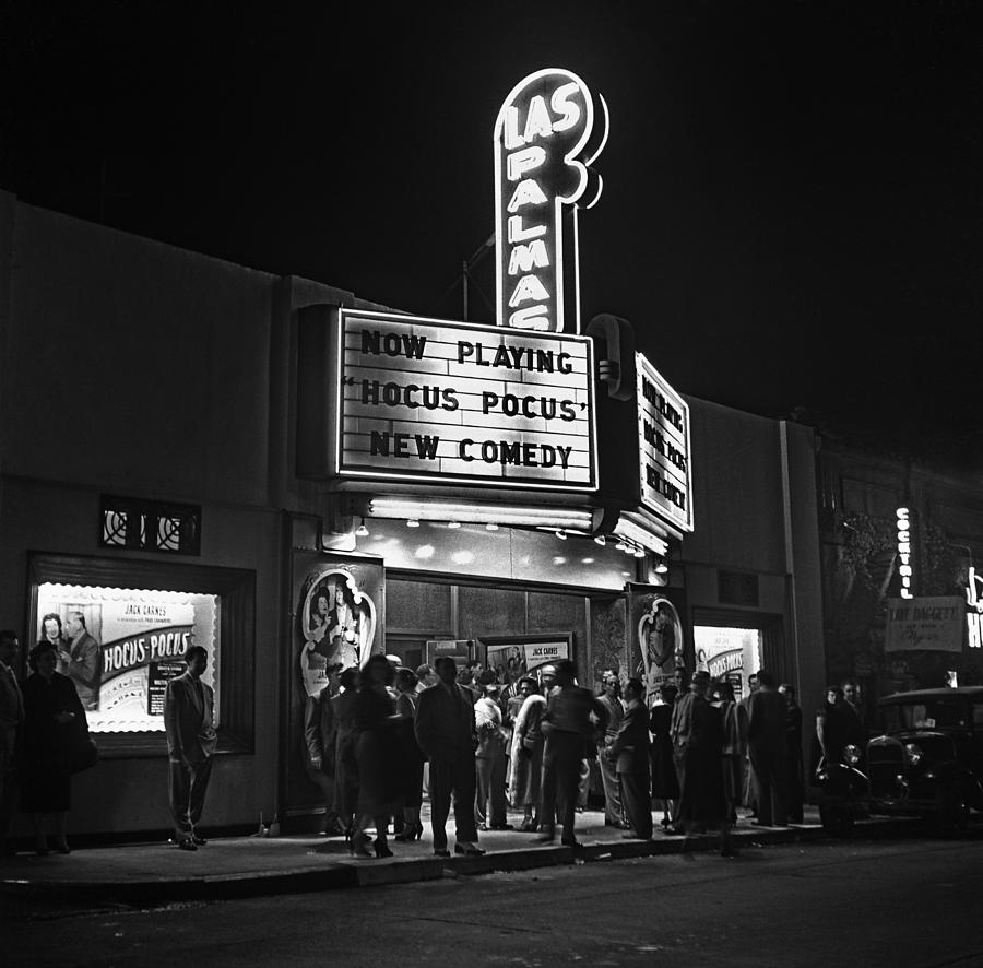 Los Angeles In The 1950s Photograph by Michael Ochs Archives