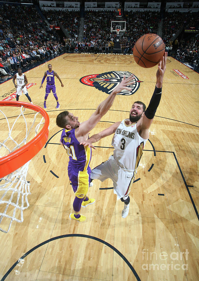 Los Angeles Lakers V New Orleans Photograph by Layne Murdoch