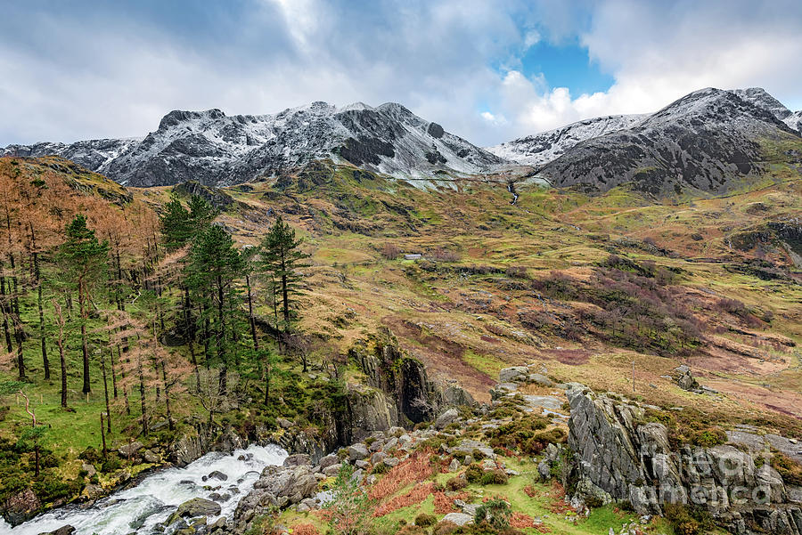 Nant Ffrancon Pass Snowdonia by Adrian Evans