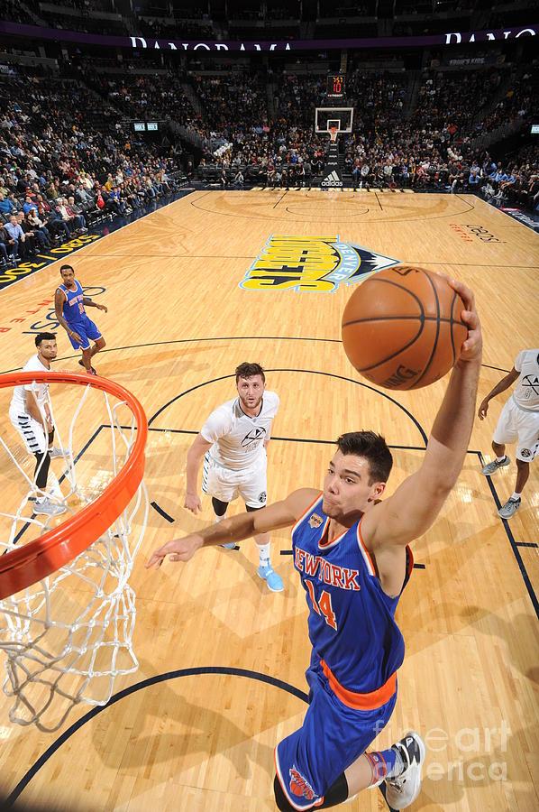 New York Knicks V Denver Nuggets Photograph by Garrett Ellwood
