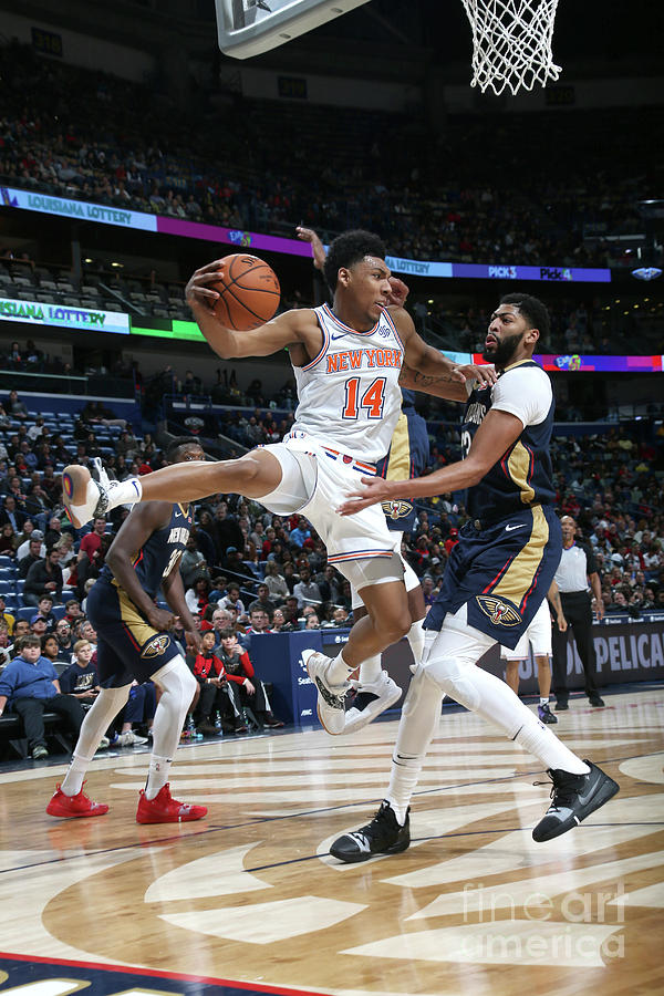 New York Knicks V New Orleans Pelicans Photograph by Layne Murdoch Jr.