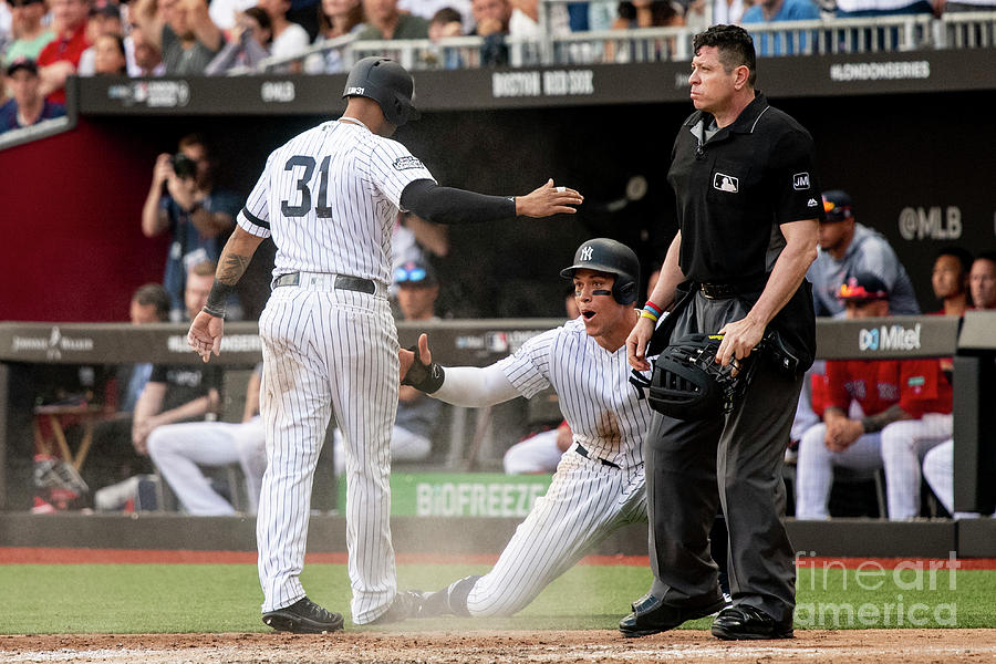 New York Yankees V Boston Red Sox Photograph by Billie Weiss/boston Red Sox