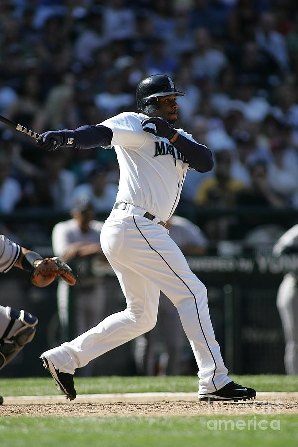 New York Yankees V Seattle Mariners Photograph by Rob Leiter