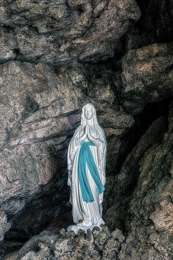 Santa Caterina del Sasso - Italy by Joana Kruse