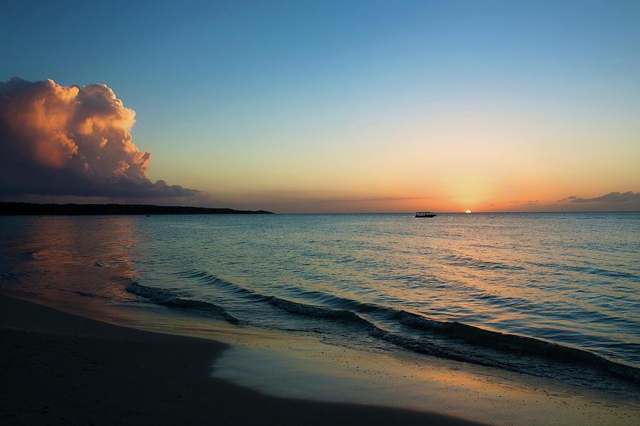 Seven Mile Beach, Negril, Jamaica Photograph by Cultura Exclusive/karen Fox