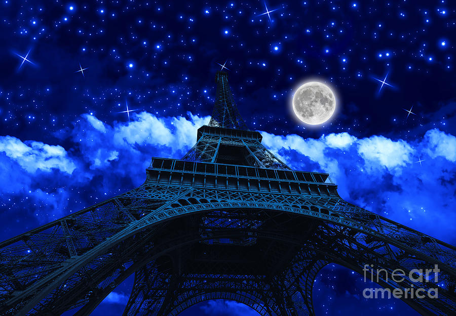 Tour Eiffel at night with fullmoon by Benny Marty