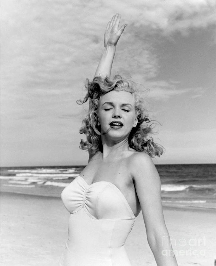 Portrait Of Marilyn Monroe Photograph by Andre De Dienes
