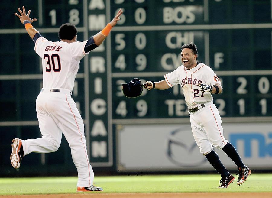 Detroit Tigers V Houston Astros Photograph by Bob Levey